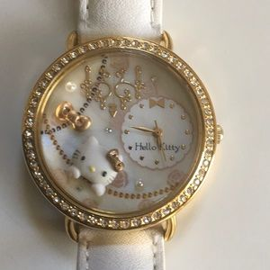 NWOT Sanrio HELLO KITTY Watch White Leather Strap